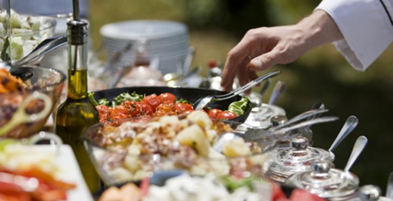 Comment choisir un buffet traiteur pour un événement d'entreprise ?