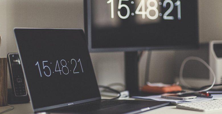 Prestataires de service en ligne : l'avantage de travailler avec une agence web