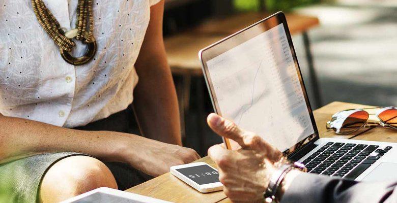 Comment installer une ardoise digitale dans un restaurant ?